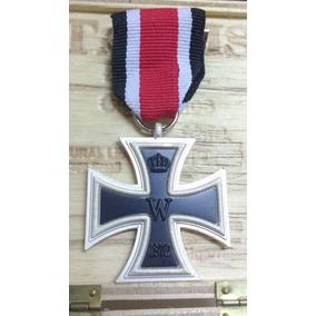 Cruz De Ferro De 1870 Medalha Militar Da Alemanha De Peito