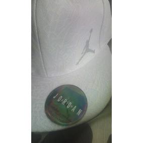 Precio. Publicidad. Gorra Original Cerrada De Michael Jordan Talla 7 1 8 401baa031df