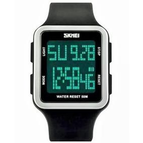 c57b5a633 Relogio Digital Esportivo Muito Bonito - Relógios De Pulso no ...