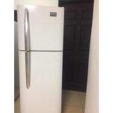 Refrigeradora Frigidaire Como Nueva