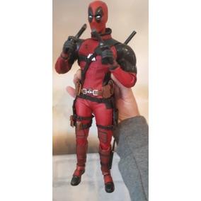 Deadpool 30cm Similar A Hot Toys Encomende