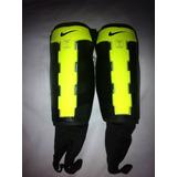 Canillera Nike - Canilleras de Fútbol en Mercado Libre Colombia 230bfb2f48a8c