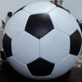 Bola De Futebol Antiga Colecionador - Brinquedos e Hobbies no ... 72d4954c101b4
