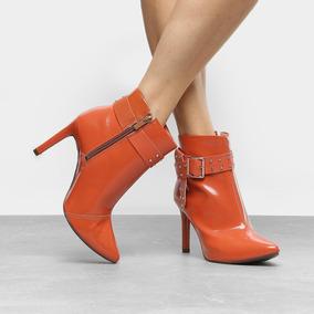 c5ab57359 Botas Femininas Amarelas Dakota - Sapatos para Feminino no Mercado ...
