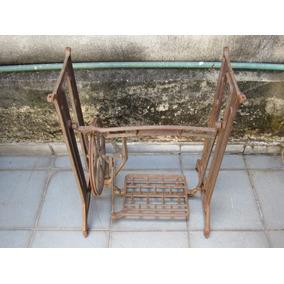 Pe De Maquina De Costura Antigo