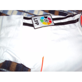 Uniforme Real Madrid Con Adornos Naranja Talla 6 Niño