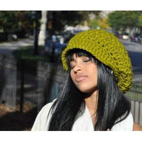 Gorro Beanie Croche - Acessórios da Moda no Mercado Livre Brasil 3c676a1a66b