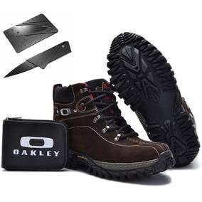 Botas Outros Tipos Oakley para Masculino no Mercado Livre Brasil db541eeeae2