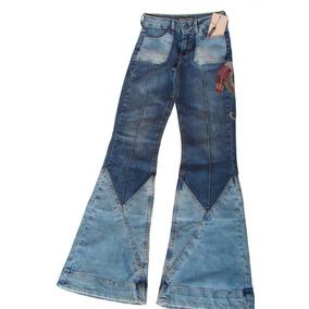 Calça Jeans Recortes Bordada Designer Renata Figueiredo f79283ddb0cbd