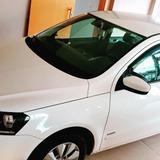 Volkswagen Voyage 1.0 Tec Total Flex 4p 2014