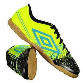 Chuteira Umbro Preta E Amarela Futsal - Chuteiras no Mercado Livre ... 1f1d57fb2483f