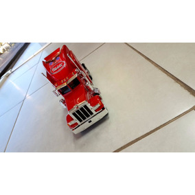 Miniatura Caminhão Peterbilt 379 De Metal C/vermelha E Preta