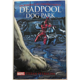 Livro Deadpool Dog Shark