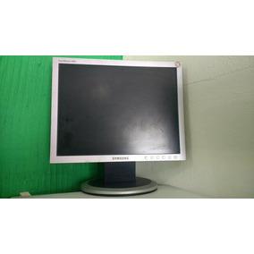 Kit Com 2 Gabinetes Dell 3 Monitores 14 E Acessórios