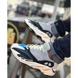 Tenis adidas Yeezy Boots 700 [ultímate 2k19]