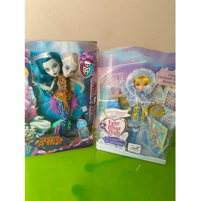 Boneca Ever After High Blondie Lockes Winter