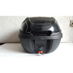 Baul Tech-x2 830 Con Base Universal Rider One