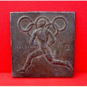 Antiga Medalha Ou Emblema Olimpiadas Helsinki 1952