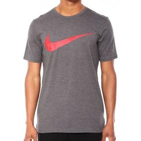 1741e4bfc3 Camiseta Nike Nike Swoosh Tee 360150 072 - Camisetas Manga Curta ...