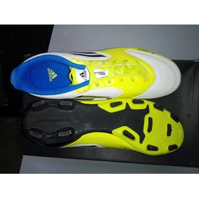 7f4fdafe33b0f Botines De Futbol 5 Adidas Nuevas - Botines en Mercado Libre Argentina