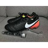 Zapatos Futbol Nike Tiempo en Mercado Libre Uruguay fc5b5798fe070