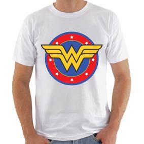 2db2b80dd Camiseta Wonder Woman Masculina - Calçados