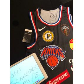 Supreme Nba Nike - Camisetas e Blusas no Mercado Livre Brasil 4e17782dfb487