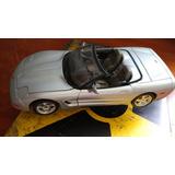 Corvette De Colección Hecho En Italia Escala 1:18