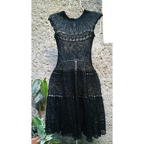 Vestido negro tejido a crochet