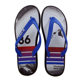 28d8dad4ef Chinelo De Jesus Chinelos Nike Tamanho 30 - Chinelos 30 para Masculino  Preto em Itu no Mercado Livre Brasil