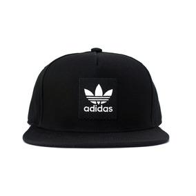 Bonés Adidas para Masculino no Mercado Livre Brasil bb33197401e