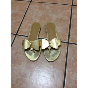 Sandália Rasteira Dedo Laço Dourada Arezzo Usada
