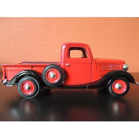 Miniatura Pick Up Vermelha 1:24 Motomarx