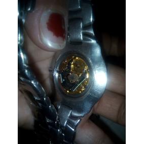Reloj Acutron ( Diamantes Al Rededor Y Su Makina Original )