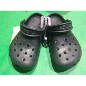 Zuecos Cross Originales De Goma - Zapatos 2fed416252