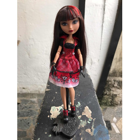 Boneca Ever After High Cerise Hood Hat Tastic Party