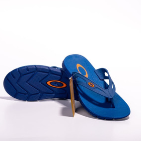 Chinelo Oakley New Operative Azul - Sandálias e Chinelos Azul no ... cef54eedb7d