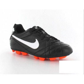 Chuteira Nike Tiempo Infantil - Chuteiras Nike no Mercado Livre Brasil 0bcb6896f797e