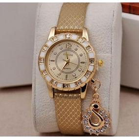 5ea4c8c875f Relógio Quartz Feminino Dourado Muito Delicado Frete Grátis ...