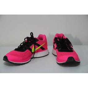 Tênis De Treino Nike Rosa