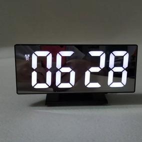 Reloj / Despertador Led De Mesa Cable Usb