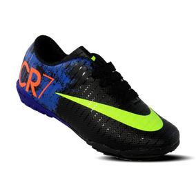 Tacos Nike Mercurial Cr7 Negros - Tacos y Tenis de Fútbol en Mercado ... ce6b7f7f1fb6e