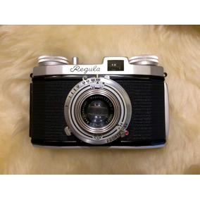 Câmera Antiga Regula Com Lente Para Coleção Ou Decoração