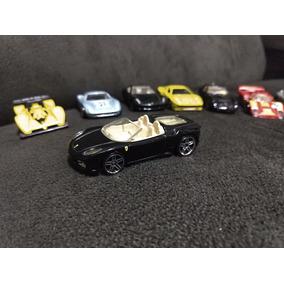 7 Carrinhos Hotwheels Ferrari