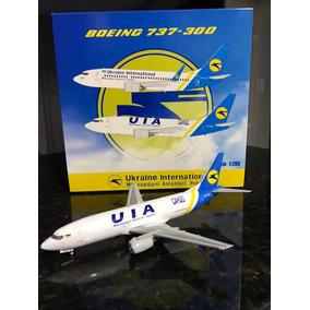 Avião Boeing 737-300 Cargo Ukraine - Jc Wings 1:200 - Raro!!
