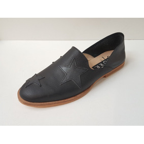 Gomones Con Estrellas - Zapatos Negro en Mercado Libre Argentina 7b97d89930