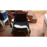 Cadeira Automatizada Marca Freedom Com 2 Baterias De 45 Amp