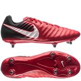be005b3b0a Chuteira Nike 6 Trava Rosca Tiempo - Esportes e Fitness no Mercado ...