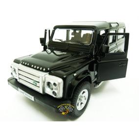 Miniatura Land Rover Defender 110 Preta Rmz 1:32 Raridade