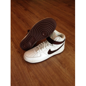 Tênis Nike Air Force 1 High Retro